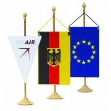 Medinis vėliavėlių stovelis vienvietis
