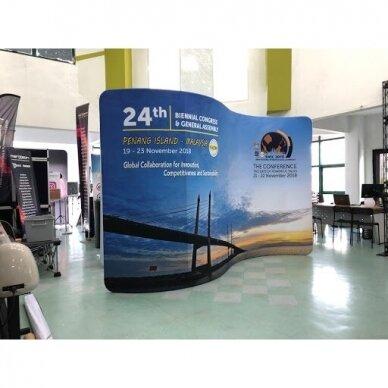 Mobili parodų sienelė TUBE S formos 3m