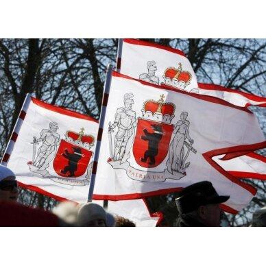 Žemaitijos vėliava su ,,laikytojais'' 3